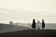 Cappella-Vitaleta in Tuscany Orcia