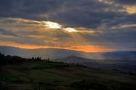 Orcia countryside - Light blades